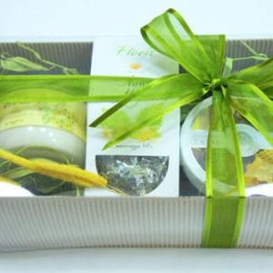Подарочный набор микс: чай, крем-мед, скраб для тела