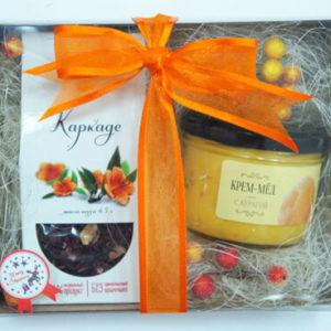 Подарочный сет: чай каркаде и крем-мед с курагой