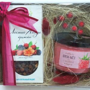 """Подарочный сет: ягодный чай и крем-мед с малиной """"Лесные ягоды"""""""