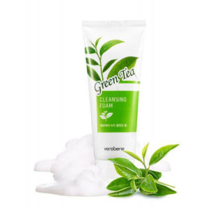 """Очищающая пенка для умывания увлажняющая с зеленым чаем Green Tea Cleansing Foam """"Verobene"""""""